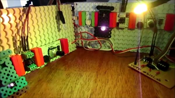 Large house of oscillation icon2
